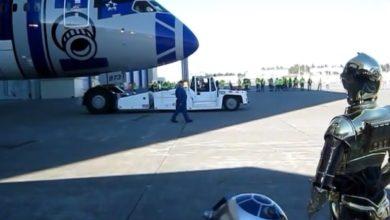 """Photo of R2-D2 """"gebrandetes"""" Flugzeug von AMA feierlich enthüllt"""