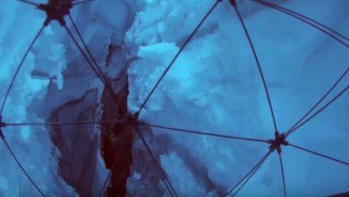 Photo of Spezialdrohne fliegt durch Gletscherspalte