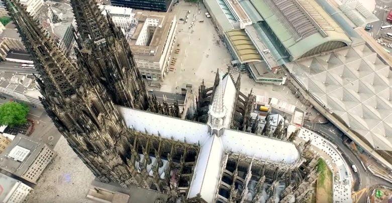 Drohne über Kölner Dom
