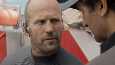 "Photo of Statham vs. Megalodon in ""The Mag"""