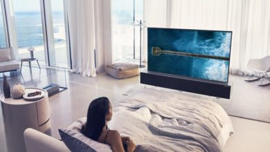 """Photo of LG zeigt zusammenrollbaren 65"""" OLED-TV"""